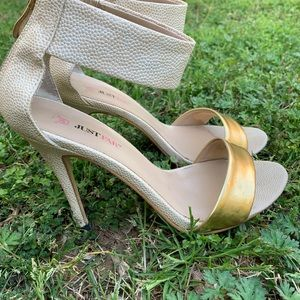 JUST FAB Ankle stiletto .8